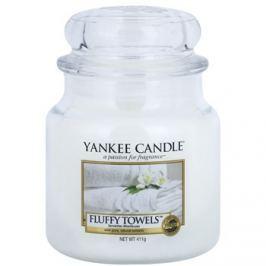 Yankee Candle Fluffy Towels vonná svíčka 411 g Classic střední