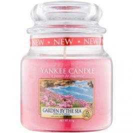 Yankee Candle Garden by the Sea vonná svíčka 411 g Classic střední