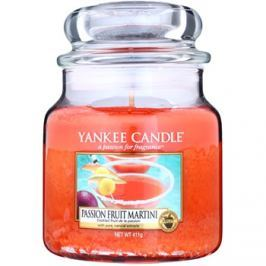 Yankee Candle Passion Fruit Martini vonná svíčka 411 g Classic střední