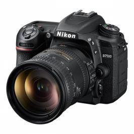 Nikon D7500 + 18-200mm AF-S DX VRII